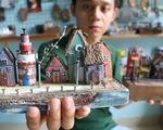 Chàng trai 9X nhặt gỗ vụn, kiếm tiền từ mô hình nhà mini