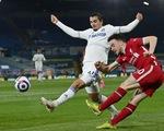 Liverpool bị Leeds cầm hòa những phút cuối, lỡ cơ hội vào top 4