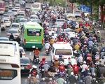 TP.HCM: Các cửa ngõ kẹt cứng, bến xe đông nghẹt người trước ngày nghỉ lễ 30-4