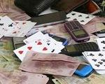 Trưởng phòng và phó chi cục thuế huyện bị khởi tố vì đánh bạc