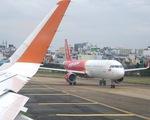 Áp giá sàn vé máy bay: Cục Hàng không Việt Nam đang nghiên cứu