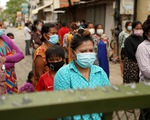 Số ca COVID-19 ở Campuchia lần đầu giảm sau một tuần liên tiếp tăng nóng