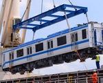 Hai đoàn tàu của metro số 1 đã cập cảng Khánh Hội