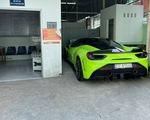 Phạt tài xế và chủ xe Ferrari lăng mạ cảnh sát hơn 19 triệu đồng