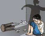 Bé trai 6 tuổi bị cha dượng bạo hành dã man