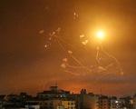 Israel và Hamas tiếp tục hàng trăm đợt không kích trên dải Gaza