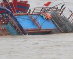 Tàu cá bị tàu sắt đâm chìm trên biển trong đêm, 2 ngư dân mất tích