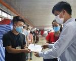 Trao 700 triệu đồng hỗ trợ người lao động bị ảnh hưởng bởi COVID-19