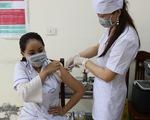 Bắt đầu tiêm vắc xin ngừa COVID-19 ở điểm nóng Bắc Giang, Bắc Ninh