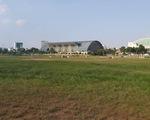 Sau ồn ào trên mạng, sân Phú Thọ đã dọn sạch rác đêm