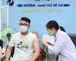 Tiêm vắc xin COVID-19 cho 80 phóng viên, nhà báo ở TP.HCM