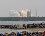 Tên lửa khổng lồ Trung Quốc sắp rơi xuống Trái đất, đang được