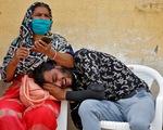 Xuất hiện dấu hiệu đỉnh dịch của làn sóng COVID-19 thứ 2 ở Ấn Độ