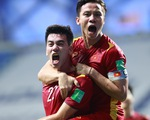 Tuyển Việt Nam giành 3 điểm quý giá trước Malaysia