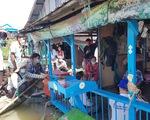 Người gốc Việt ở Campuchia bắt đầu di dời khỏi sông Tonle Sap
