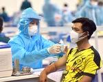 Nhiều bệnh viện quận, huyện ở TP.HCM bắt đầu tiêm ngừa vắc xin phòng COVID-19 đợt 5