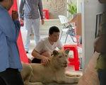 Campuchia bắt người Trung Quốc nuôi sư tử ngay ở Phnom Penh