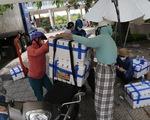 Người Đà Nẵng mua cả xe hơi vải thiều giúp nông dân Bắc Giang