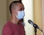 Bị phạt 30 tháng tù vì đánh cán bộ chốt kiểm dịch COVID-19