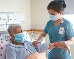 Bệnh viện ĐH Y Dược TPHCM triển khai dịch vụ thay người thân chăm sóc