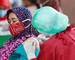 Tin chống vắc xin sai lệch tràn lan, làm hại hàng triệu người châu Á