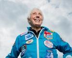 Tỉ phú Jeff Bezos chọn nữ phi công huyền thoại 82 tuổi cùng du hành vũ trụ
