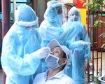 Xét nghiệm nhanh tại nhà ở phường 19, Bình Thạnh, phát hiện một số ca nghi nhiễm COVID-19