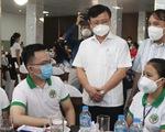 60 y, bác sĩ Nghệ An xuất quân vào TP.HCM chống dịch,