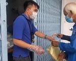 Ấm lòng với ATM gạo, quán cơm 2.000 đồng cho người nghèo ở An Giang