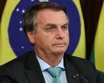 Nấc cụt hơn 1 tuần, tổng thống Brazil chịu hết nổi phải nhập viện