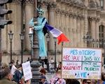 Hàng chục ngàn người Pháp xuống đường phản đối