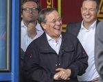 Thống đốc bang của Đức xin lỗi vì cười khi đi thăm vùng thiên tai