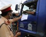 Bộ Y tế yêu cầu ưu tiên tiêm vắc xin, miễn phí xét nghiệm cho tài xế xe chở hàng hóa