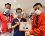 Nguyễn Thùy Linh được thưởng nóng 20 triệu đồng sau khi đánh bại tay vợt gốc Trung Quốc