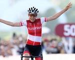 Bất ngờ lý thú ở Olympic Tokyo: Nữ tiến sĩ toán đoạt HCV xe đạp