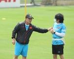 Bác sĩ Choi Ju Young về Hàn Quốc, đội tuyển Việt Nam tập trung vào cuối tháng 8