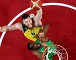 Bị ngã trong phòng tắm, ngôi sao NBA Aron Baynes chia tay Olympic Tokyo
