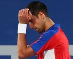 Thua Zverev, Djokovic tan mộng HCV Olympic và Golden Slam