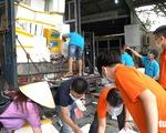 Những chuyến xe nghĩa tình đầu tiên mang 3 tấn cá từ Quảng Bình vào TP.HCM