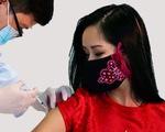 Hồng Nhung tiêm thử nghiệm vắc xin Nanocovax, đạo diễn phim