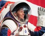 SpaceX muốn góp tay làm đồ phi hành gia cho NASA