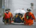 5 triệu dân Nhật phải sơ tán vì mưa như trút nước
