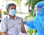 TP.HCM: 4 quận, huyện đã hoàn thành tiêm vắc xin mũi 1