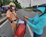 TP.HCM đổi giấy đi đường mới từ 0h ngày 25-8