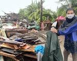 Dông lốc, mưa lớn, sập và tốc mái 49 căn nhà ở Tiền Giang