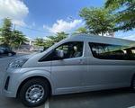 Phương Trang nhập khẩu 99 xe Toyota Hiace để hoán cải thành xe cấp cứu bệnh nhân COVID-19