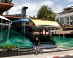 Thái Lan: Các quán ăn, tiệm hớt tóc hoạt động trở lại từ 1-9 để sống chung với dịch