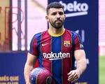 Vừa mất Messi, Barca mất thêm Aguero dài hạn vì chấn thương