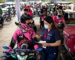 Philippines vượt mốc 2 triệu ca COVID-19, chuyên gia lo ngại việc mở cửa