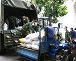 Bộ Tư lệnh Vùng 1 Hải quân tặng TP.HCM 20 tấn gạo